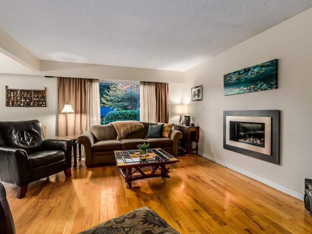 1985 EASTLEIGH LANE - Deep Cove House/Single Family for sale, 5 Bedrooms (R2011054) #4