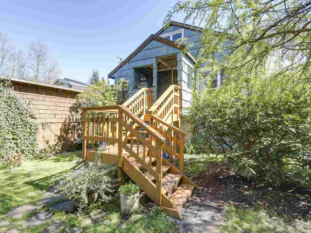 6216 9TH AVENUE - Big Bend House/Single Family for sale, 2 Bedrooms (R2159258) #1